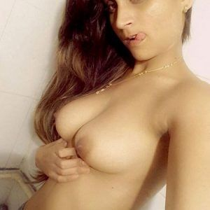 Fotos modell nude sweet hot adri