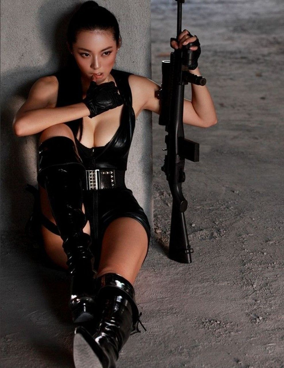 Asian with hot guns girls