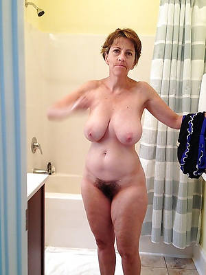 Hairy real pics amateur mature porn