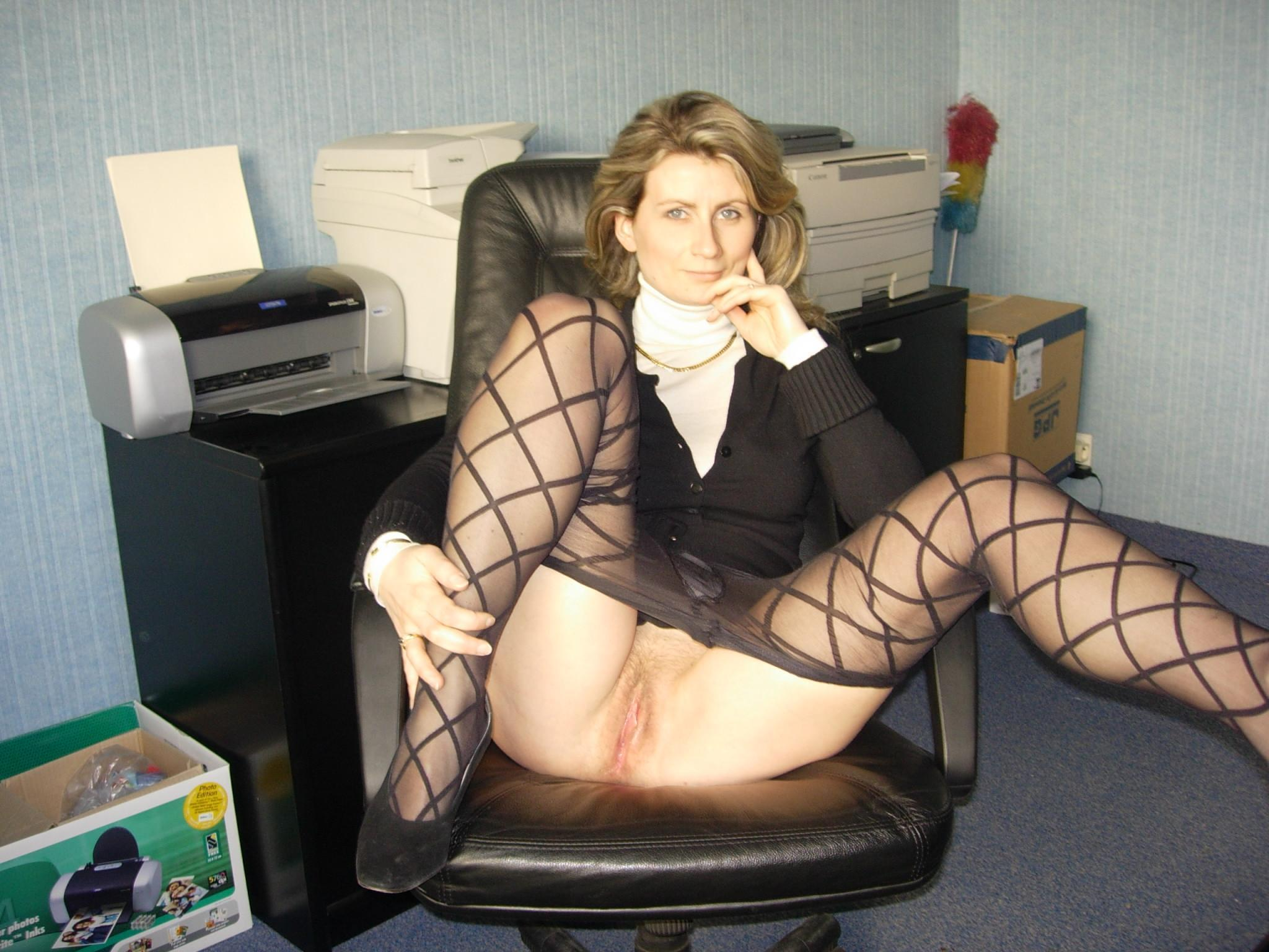 Amateur office sex milf real