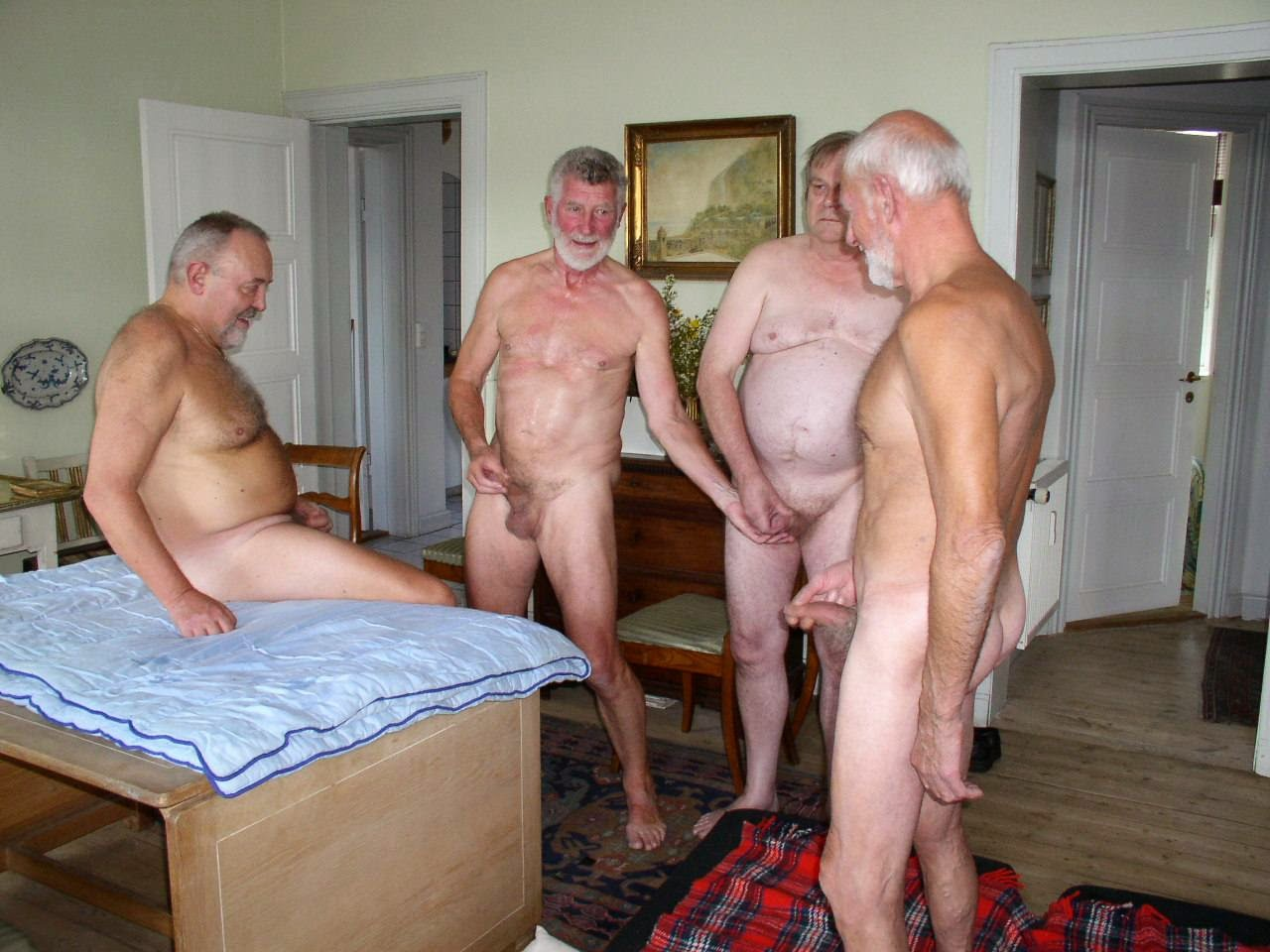 Bear nackt silver naked daddy